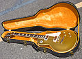 Gibson Les Paul Deluxe in case (SN 897292).jpg