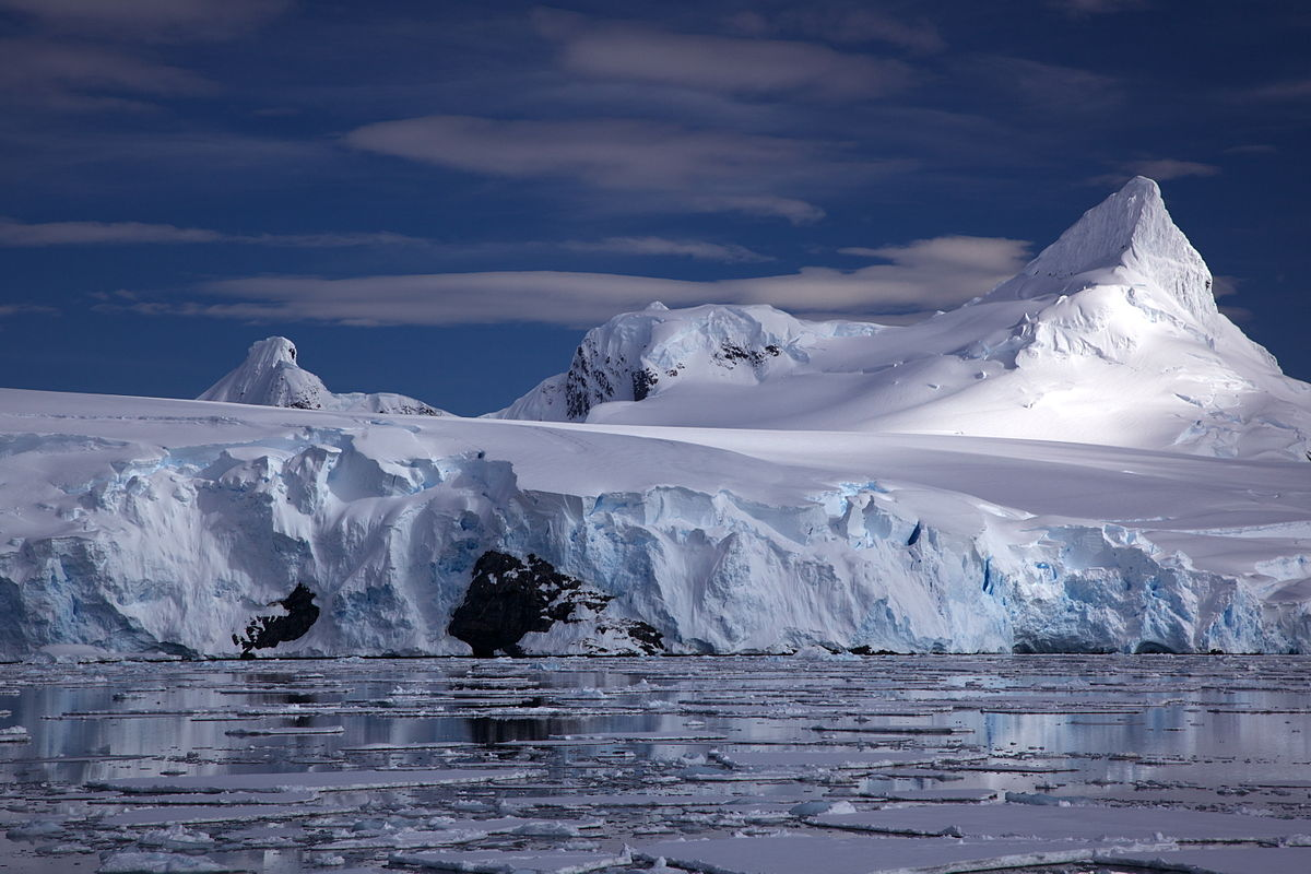 Antarctic Treaty a summary of the 14 points, and a list