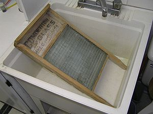 Washboard (laundry) - A glass washboard