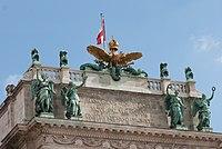 Golden-crowned eagle (14744191081).jpg
