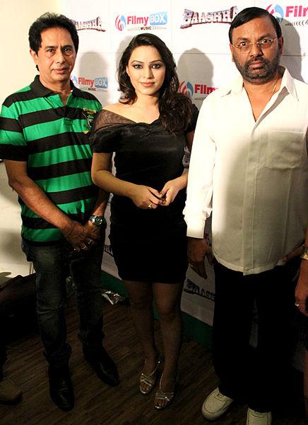 File:Gopal Ram,Deveshe Khanduri,Bhadrakali Ramesh From Audio release of 'Baashha' (4).jpg