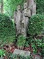 Grab Skulptur für Carl Habich-Schilplin (1873–1931) Stadtrat. Von Adolf Glatt (1899–1984), Waldfriedhof Rheinfelden, Aargau.jpg