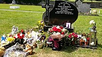 Grave of Dolores O'Riordan 2.jpg