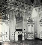 Green hall of Novo-Mihailovsky Palace.jpg