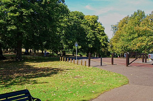 Greenwich Park - Blackheath Ave - View NW on The Ave