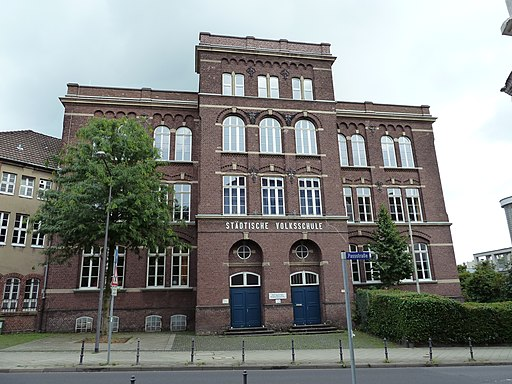Grundschule Passstraße - panoramio