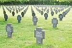 GuentherZ 2013-05-20 0425 Allentsteig Soldatenfriedhof.JPG