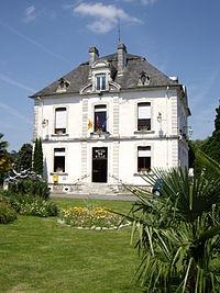 Hôtel de ville d'Espoey.JPG