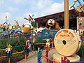 HKDL Toy Storyland Slinky Dog Spi 2012.jpg