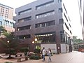 HKU 薄扶林校園 PFL campus 香港大學 James Hsioung Lee Science Building 厲樹雄科學館 facade 許士芬地質博物館 Stephen Hui Geological Museum April 2019 SSG 02.jpg