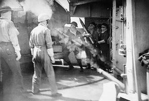 HMS Newcastle (C76) - Image: HMS Newcastle guns