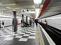 Hamburg- U-Bahn-Station St. Pauli- auf Bahnsteig zu Gleis 2- Richtung Barmbek 9.4.2009.JPG