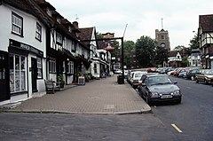 High Street, Pinner in 1991.jpg