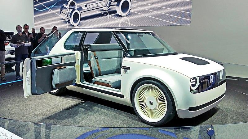 File:Honda Urban EV Concept (37460413121).jpg