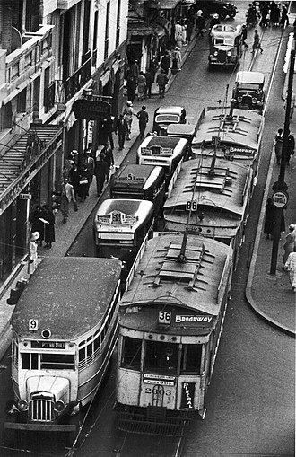 Trams in Buenos Aires - Buses competing with trams (1936).