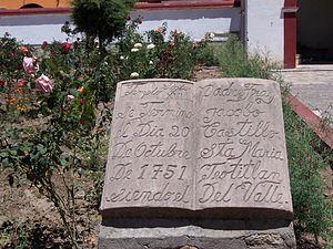 Teotitlán del Valle - Plaque at church citing establishment date