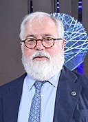 Informal meeting of environment ministers. Handshake Siim Kiisler and Miguel Arias Cañete (35781644631) (cropped).jpg