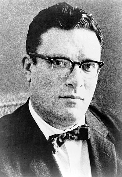Picture of an author: Isaac Asimov