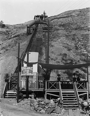 Island Mountain Railway - Image: Island Mountain Railway on Santa Catalina Island, an incline cable railway on the side of a hill, 1910 (CHS 2795)