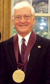 John Ruthven 2004 National Medal of Arts (cropped).jpg