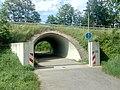 Kämpfelbach, Königsbach, Hochwasserschutzmauer.jpg