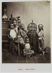 KITLV 9159 - Isidore van Kinsbergen - Malaysian children in Batavia - Around 1880.tif