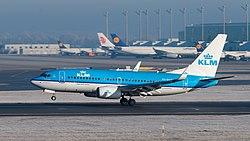 KLM Boeing 737-7K2 PH-BGT MUC 2015 01.jpg