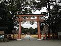 Kamigamo-jinja ichino torii.jpg