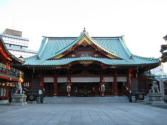 The Amazing Race 26 - Upon arriving in Tokyo, teams traveled to Kanda Shrine, a Japanese Shinto shrine.