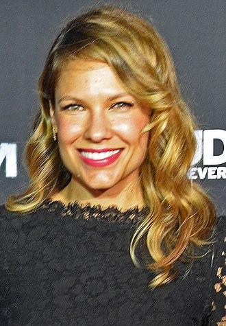 Kiele Sanchez - Sanchez at the premiere of Kingdom in 2014