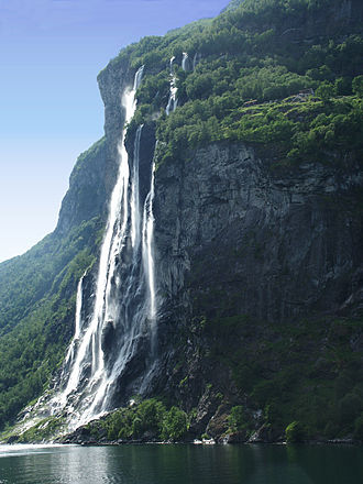 Geography of Norway - Waterfalls are common along the western part of the mountain chain, here represented by The Seven Sisters in Geiranger
