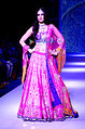 Kriti Sanon walks for Sunil Jewellers at IIJW 2015 (1).jpg