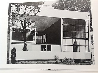Le Corbusier - The Pavilion of the Esprit Nouveau (1925)