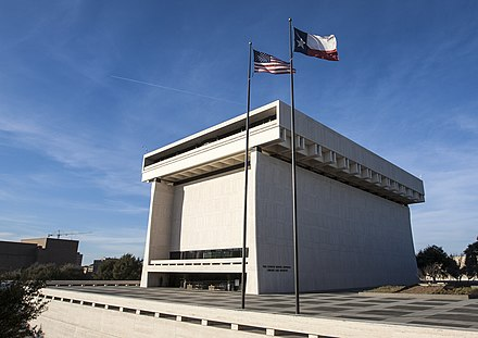 The Lyndon Baines Johnson Presidential Library on the University of Texas campus in Austin LBJ Library 2017.jpg