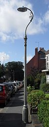 Lanterna kolono ĉe 51 Old London Road, Patcham (IoE Code 480957).JPG