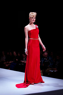 Lauren Lee Smith wearing Ines Di Santo - Heart and Stroke Foundation - The Heart Truth celebrity fashion show - Red Dress - Red Gown - Thursday February 8, 2012 - Creative Commons.jpg