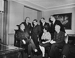 Jean-Paul Sartre - Sartre (third from left) and other French journalists visit General George C. Marshall in the Pentagon, 1945