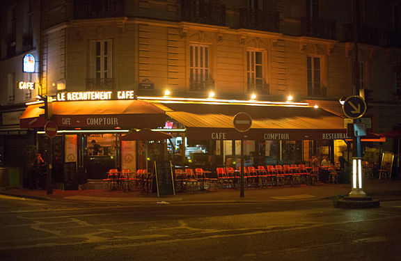 Le Recrutement Cafe in Paris.jpg