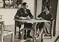 Le général de Gaulle et son épouse à Londres.jpg