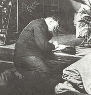 Lenin hace anotaciones durante el III Congreso de la Internacional Comunista en 1921