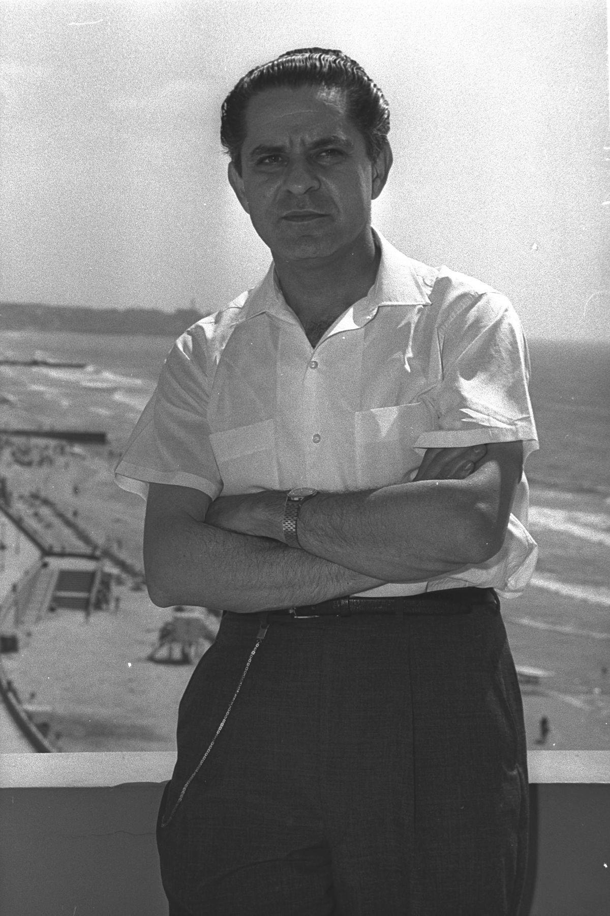 Leonard Rose - Wikiped...