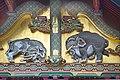 Les éléphants du sanctuaire shinto Toshogu de Nikko (Japon (29382992498).jpg