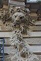 Lion sculpture détail villa Lutétia 14 rue Larrey.jpg