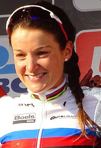 Lizzie Deignan - Deignan in the rainbow jersey after winning the 2016 Omloop Het Nieuwsblad