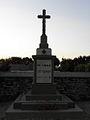 Loc-Éguiner (29) Monument aux morts.jpg
