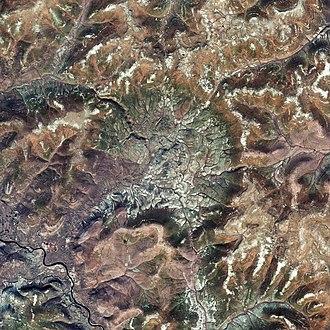 Logancha crater - Image: Logancha impact crater, Krasnoyarsk Krai, Russia, Sentinel 2 satellite image, 2018 09 29