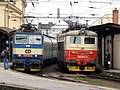 Lokomotivy 362 a 242 v Brně.jpg