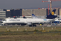 Lufthansa Cargo MD11 D-ALCB.jpg