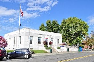 Lynden, Washington - Image: Lynden, Washington Post Office 01