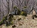 Mach na skalách - panoramio.jpg
